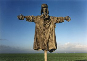 Monument to the scarecrow